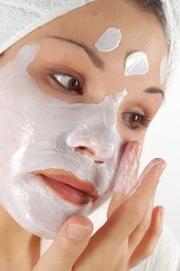 article new ehow images a07 e4 5n make perfect face mask 800x800