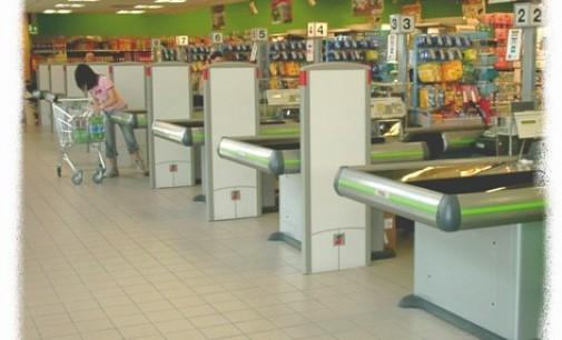 Cagliari: Cassiere rubano 100 mila euro