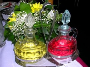 article new ehow images a07 bp 3v make colored cooking oils 800x800 300x225
