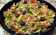 insalata-di-farro-vegetariana-nel-piatto-450x337