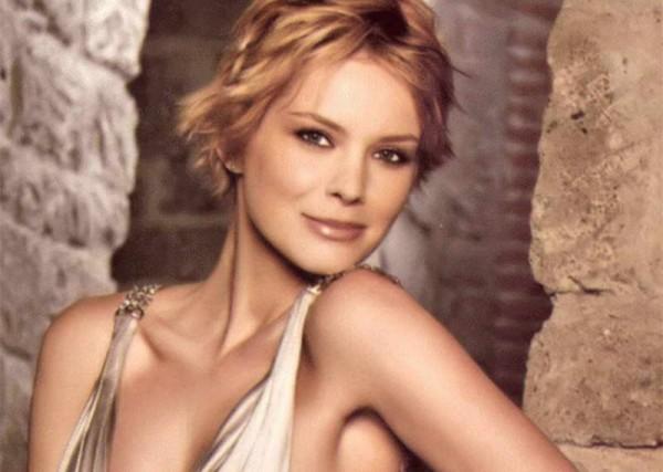Andrea Osvart Golden Titanium Backless Sleeveless Halter Dress Fashion 600x427