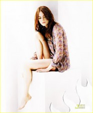Emma-Stone-hot-photo-Nylon-magazine