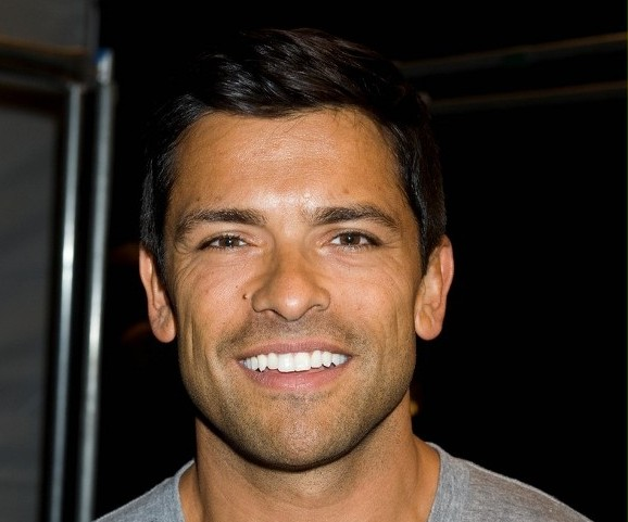 Mark Consuelos in American Horror Story