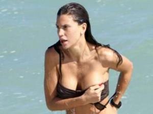claudia-galanti-topless (5)