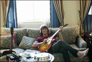Richie Sambora torna con Aftermath of the Lowdown, terzo solo album