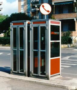 cabina-telefonica - le cabine del telefono non vanno in pensione ... - Cabina Telefonica