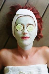 article new ehow images a07 q4 2s sleep cucumbers eyes 800x800