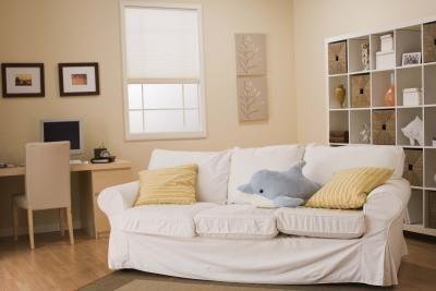 Come decorare la zona ad angolo dietro al divano for Decorare parete dietro divano