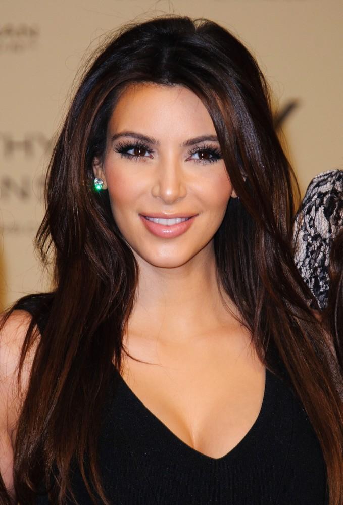 kim kardashian launch kardashian kollection 01