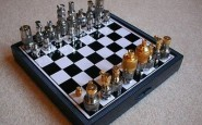 article new ehow images a02 3q mr beat people chess 800x800 185x115