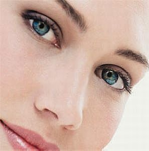 article new ehow images a05 28 l5 hydrate dry skin easily 800x8003