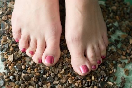 article new ehow images a07 9p up rid deeply cracked feet 800x800