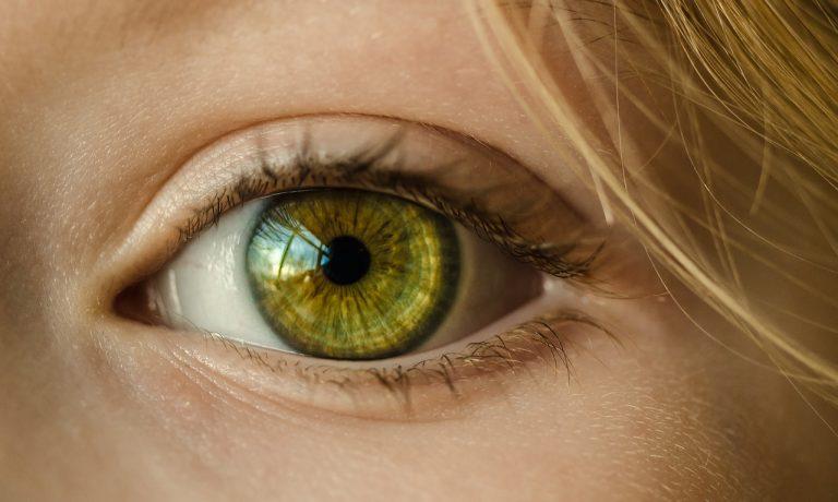 Trucco per occhi verdi