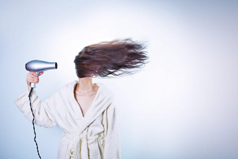 melatonina per la crescita dei capelli