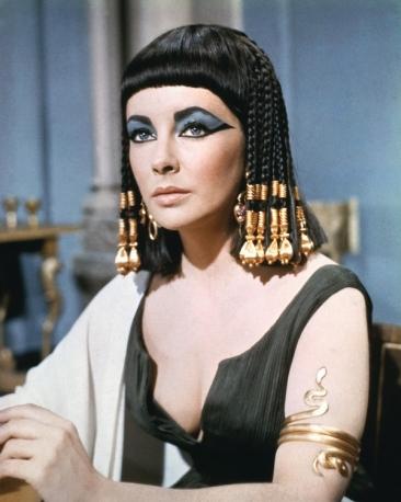 1 Liz Taylor cleopatra scaledownonly 638x458