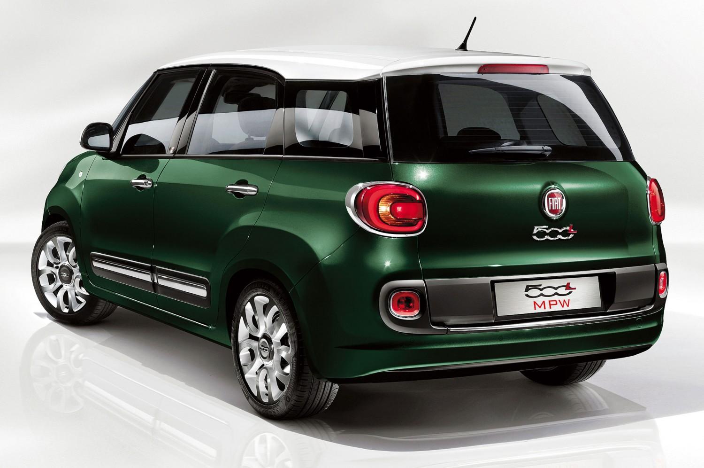 2013 Fiat 500L Living rear three quarter 1500x996
