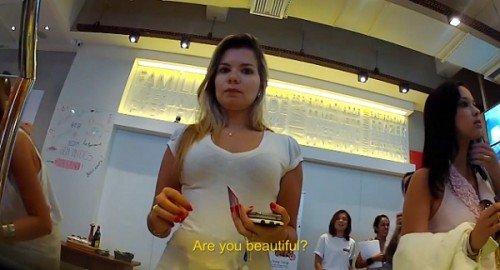 500x270xristorante brasiliano offre il pasto gratis alle donne che dicono di essere belle 500x270.jpg.pagespeed.ic .37m 29cJoF