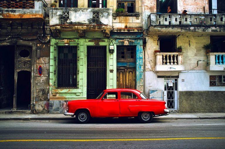 lingua che si parla a Cuba