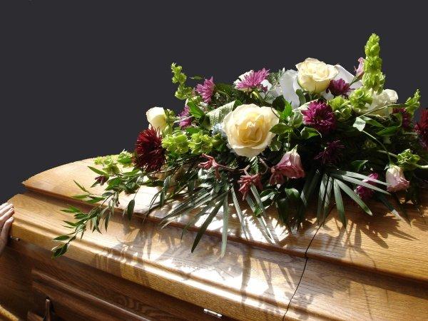 funerale 180042