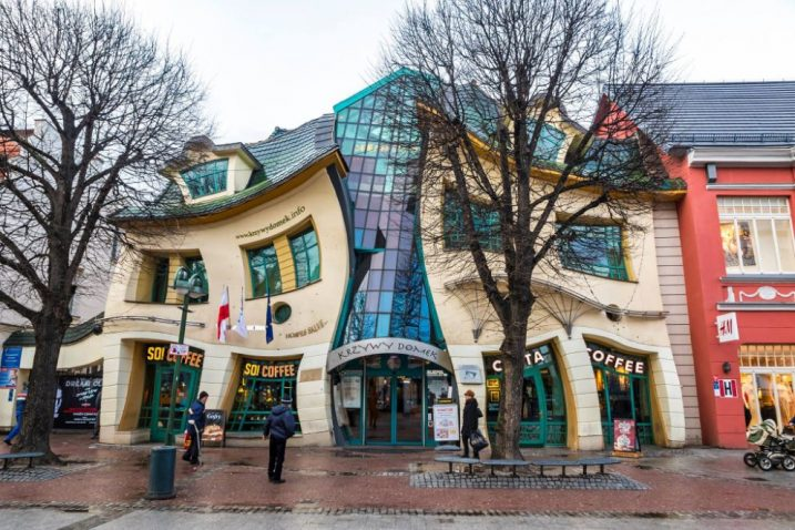 crooked house 717x478