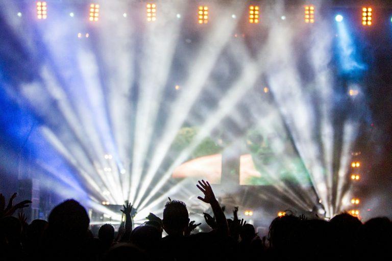 cambiare la data di un concerto