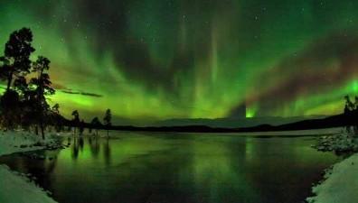 30e6ae81aeb42db31_aurora_boreale