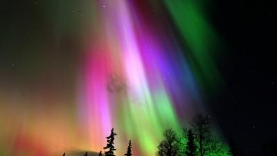 Aurora-borealis_1053-930x523