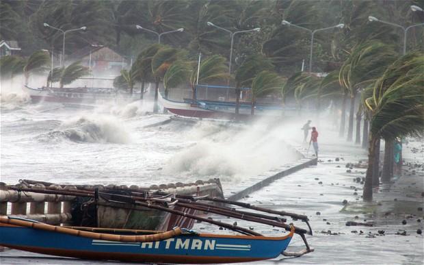 Philippines Typhoo 2727782b