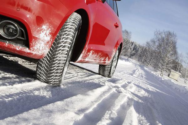 auto con gomme da neve11
