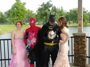 funny-prom-photo-batman