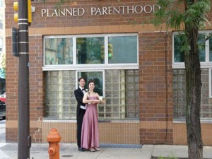 funny-prom-photo-planned-parenthood