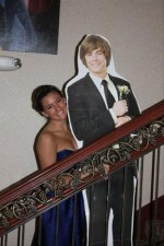 funny-prom-photo-zac-effron