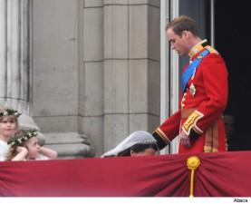 kate-middleton-prince-william-wedding-balcony.jpg.pagespeed.ce.DcZsXR_UWi