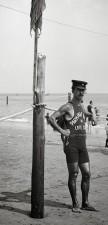 Bagnino sulla costa, anni 20