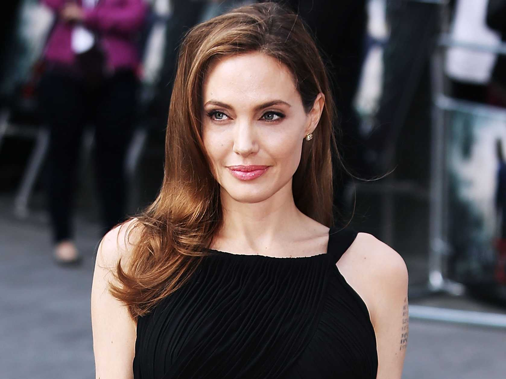 angelina-jolie-tops-forbes-highest-paid-actress-list