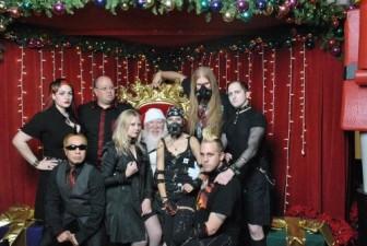 mall-santa-goth1
