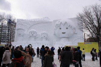 sculture-in-neve-a-Sapporo-Giappone-