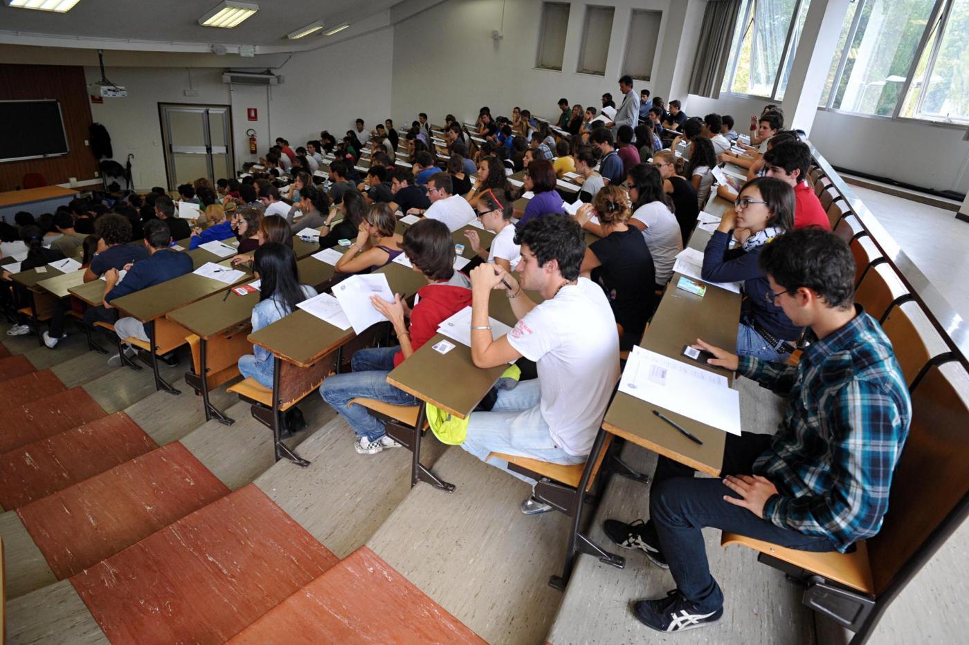 Esame di ammissione alla facoltà di medicina all'università statale di Milano
