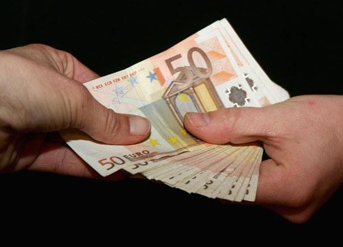 soldi-banconote-euro-ol-500-2