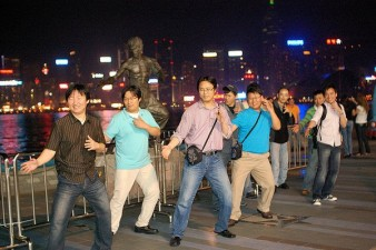 600x399xStatue-bruce-lee.jpg.pagespeed.ic.wGuqzg6S7b