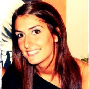 Hostess alitalia fiumicino trovata morta in casa - Farfalline nere in bagno ...