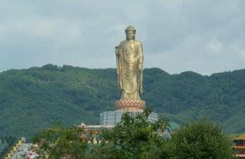 buddha zhongyuan lushan cina