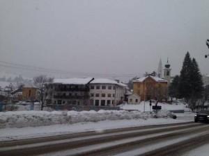 Cortina sotto la neve