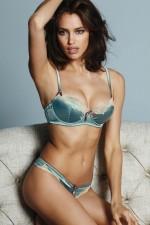 irina-shayk-in-lingeria-next-3