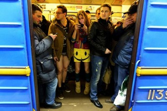 no-pants-subway-ride-2014-4