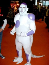 550x733xA-Collection-of-Seriously-WTF-Cosplay-Images-5.jpg.pagespeed.ic.i9j-9uJaFU