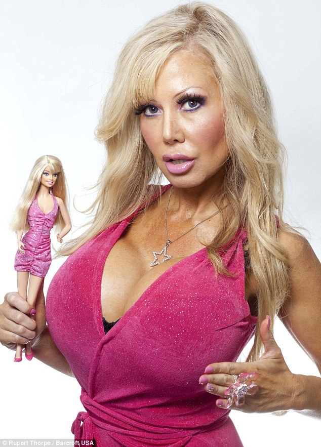 Blondie Bennett4