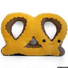 cute-toys-pretzel2