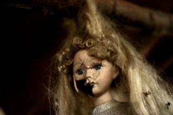 le-bambole-appese-come-unofferta