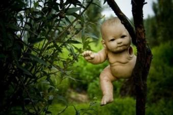 le-bambole-contro-gli-spiriti-malvagi